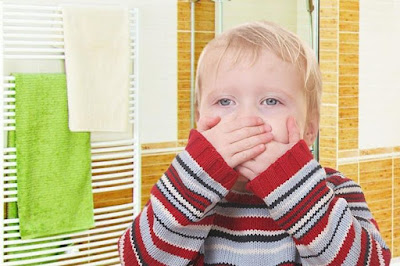 How to treat vomiting in children properly