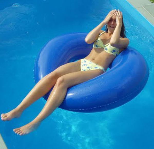 Pool Babes Pics