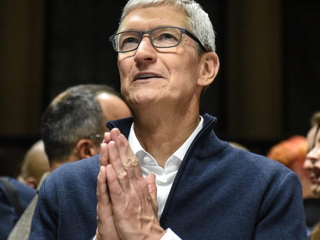 Apple trở thành công ty 2.000 tỷ USD thứ hai trên thế giới