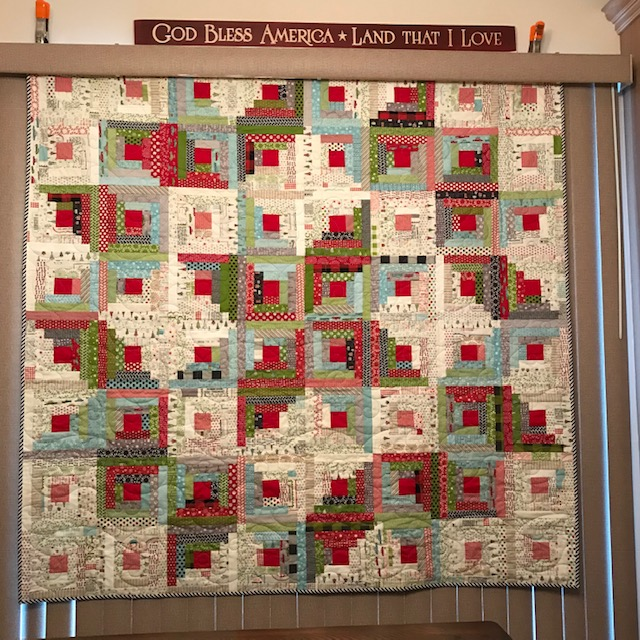 Log Cabin Christmas Tree Quilt.The Sweetest Dreams Home Sweet Hometown Christmas Log