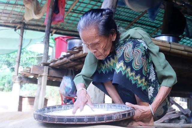 ထက္ေခါင္လင္း (Myanmar Now) ● ေျမာက္ပုိင္း ရခုိင္ေဒသခရီး