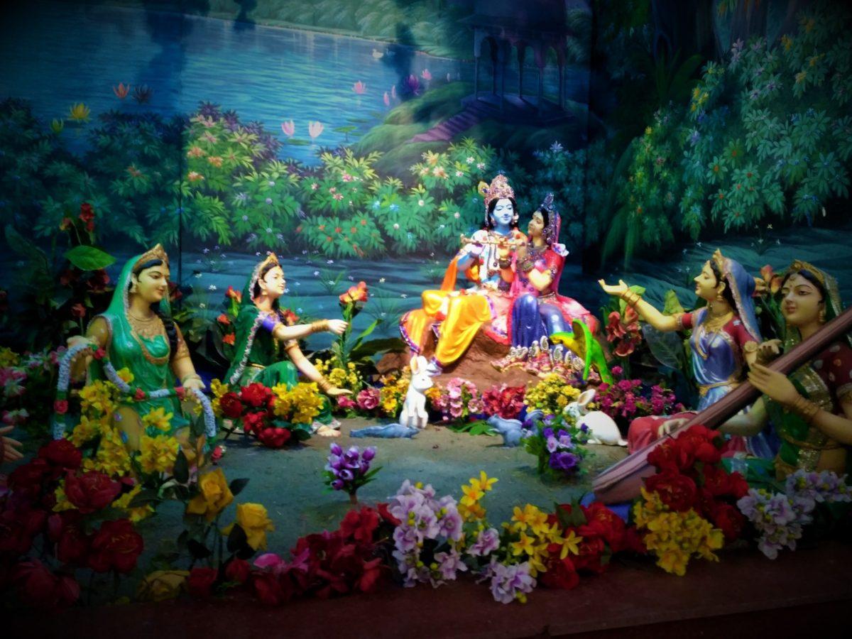 AMAZING PLACES AROUND DELHI - MATHURA & VRINDAVAN
