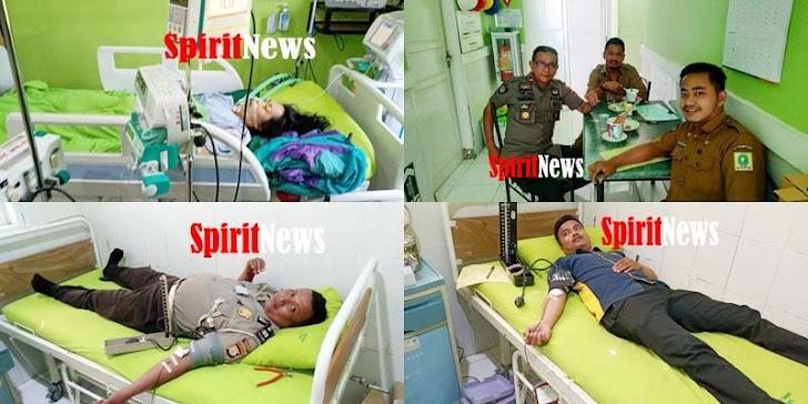 Pihak Polres Sinjai, Kelurahan Dan Warga Sumbang Darah Pasien Herlina Yang Di  Rawat Ruang ICU RSUD Sinjai