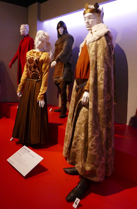 Outlaw King movie costumes