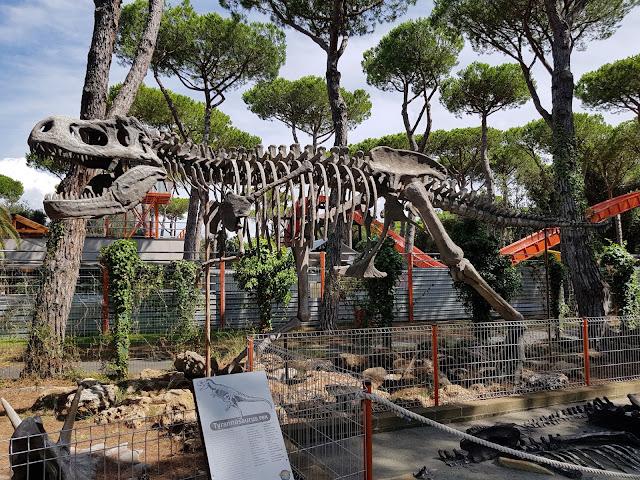 Dinosauri al Cavallino Matto parco divertimento