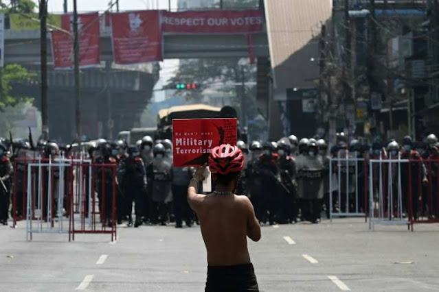 Fear and tension in Yangon as police clears protests