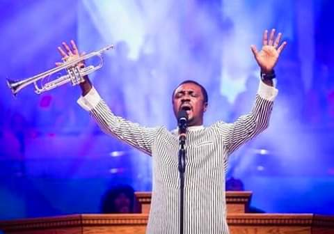 """CARRY ME, My Favorite Song On Nathaniel Bassey's """"THE KING IS COMING"""" Album"""