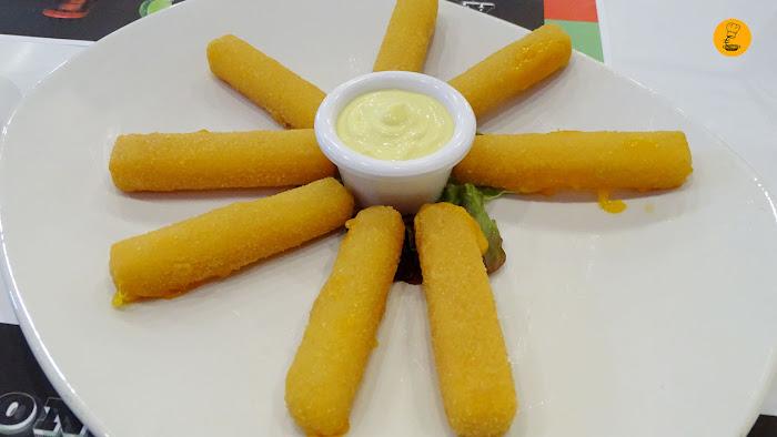 Palitos de queso cheddar con mostaza y miel Gancho Directo Pozuelo