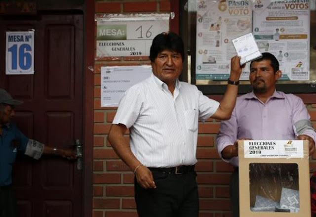 BOLIVIA: Evo Morales emite su voto con «optimismo y confianza»