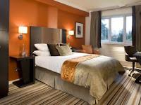 Wandgestaltung Schlafzimmer Orange