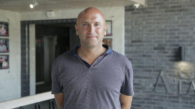 Известный британский журналист и блогер Грэм Филлипс посетил Отель «Ялта-Интурист»
