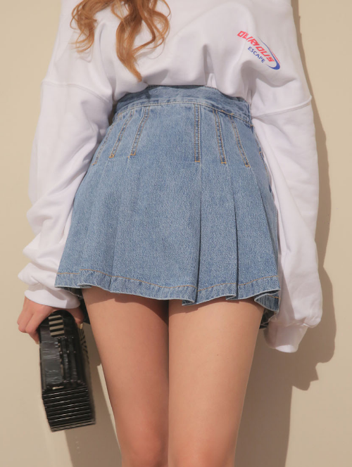 Pleated Denim Mini Skirt