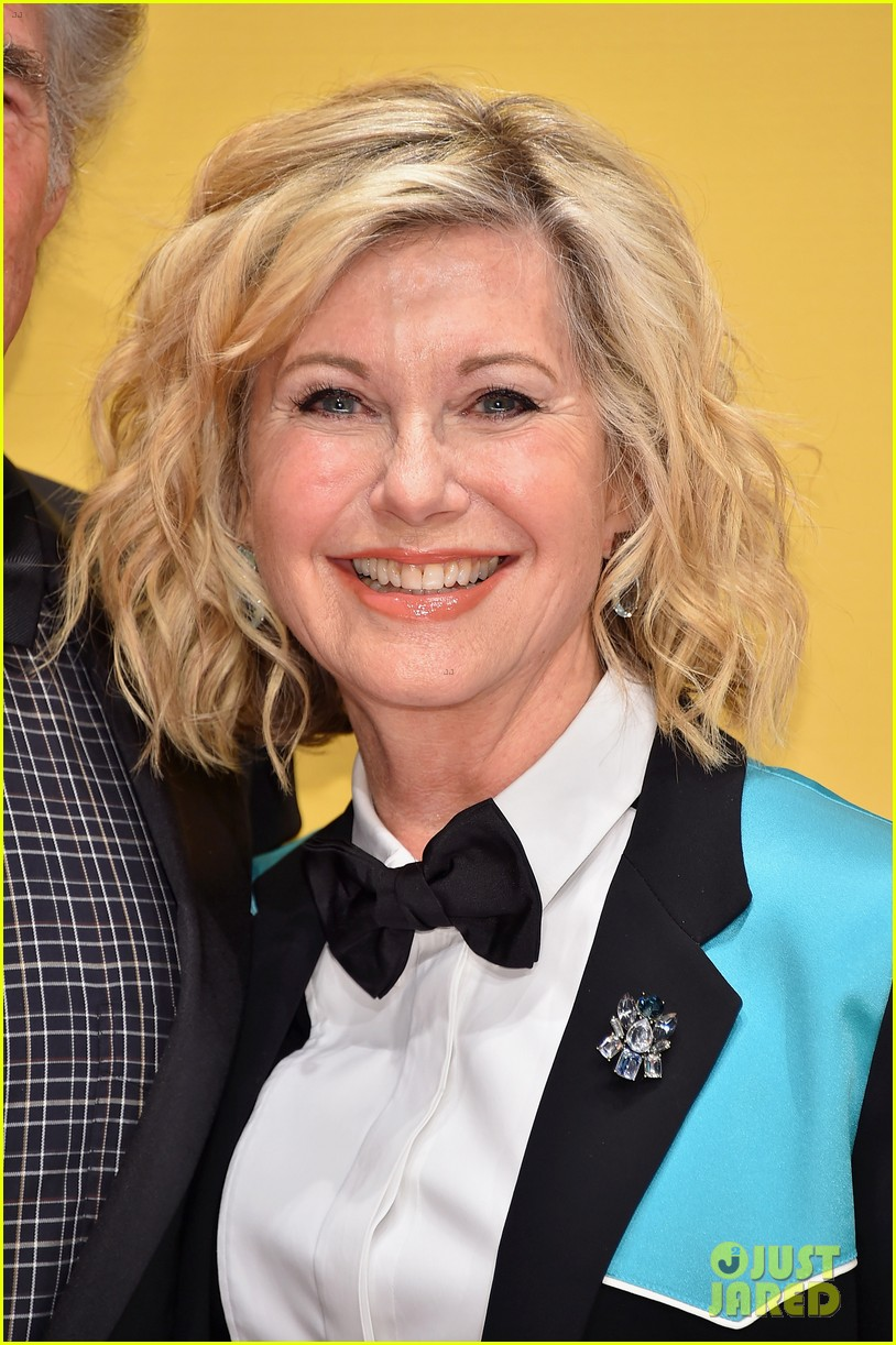 Olivia Newton John Totally Hot
