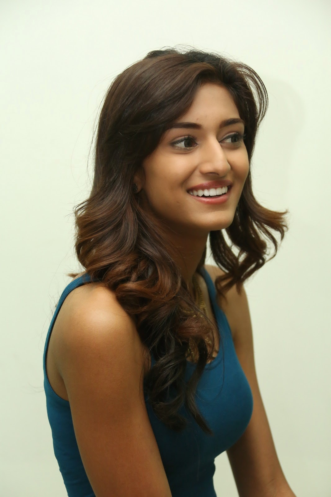 High Quality Bollywood Celebrity Pictures Erica Fernandes