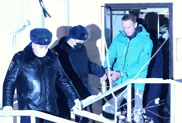 Навальный в тюрьме