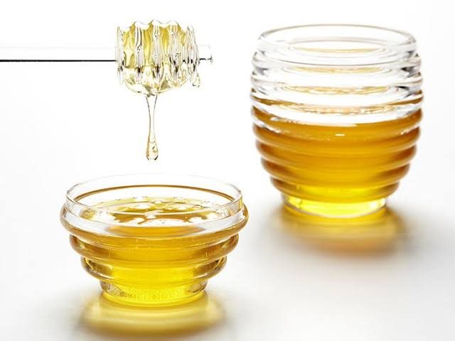 Does Honey Have Any Actual Health Benefits?