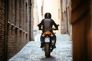 Ducati-Performance