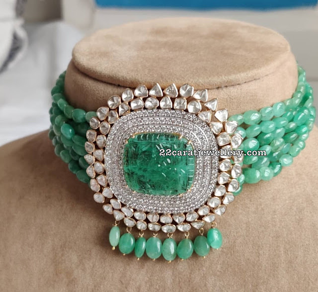 Emerald Beads Choker Diamond Pendant