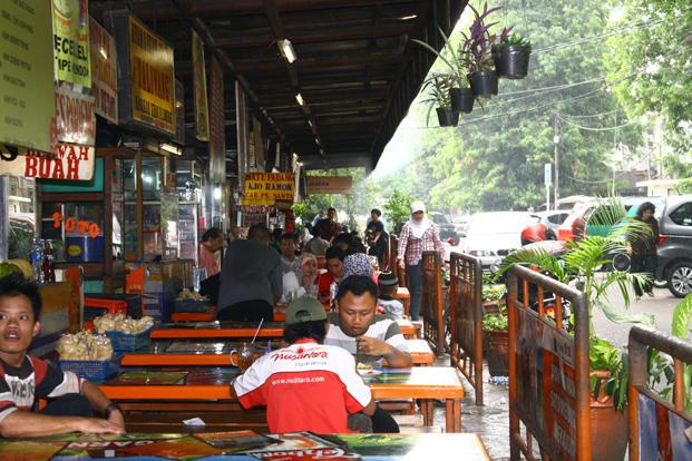 10 Tempat Makan di Jakarta Selatan Murah Tapi Enak Banget