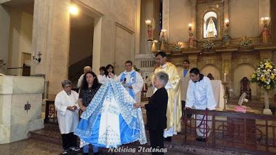 Fue bendecido el nuevo vestuario para la imagen auténtica de Nuestra Señora de Itatí