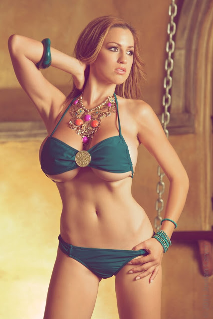 Jordan-Carver-Marrakesh--photoshoot-hottest-picture-6