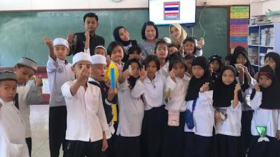 KEREN ... !!! Kades Megulungkidul Wakili Purworejo Ikuti International Youth Leader di Bangkok - Thailand
