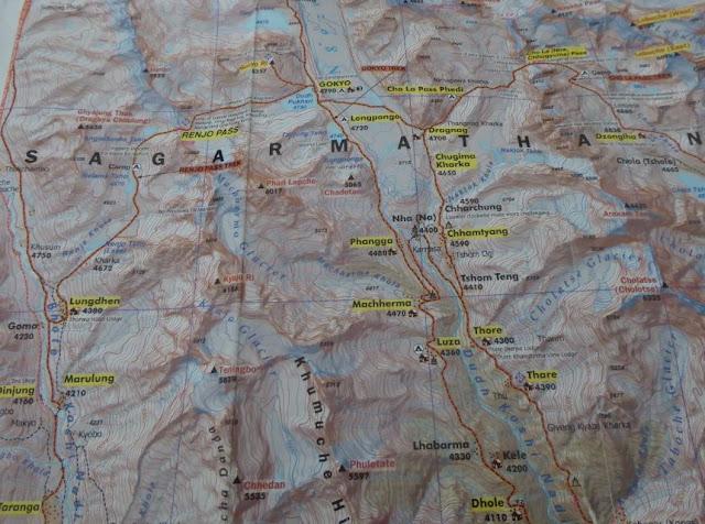 particolare della mappa della regione dell'Everest