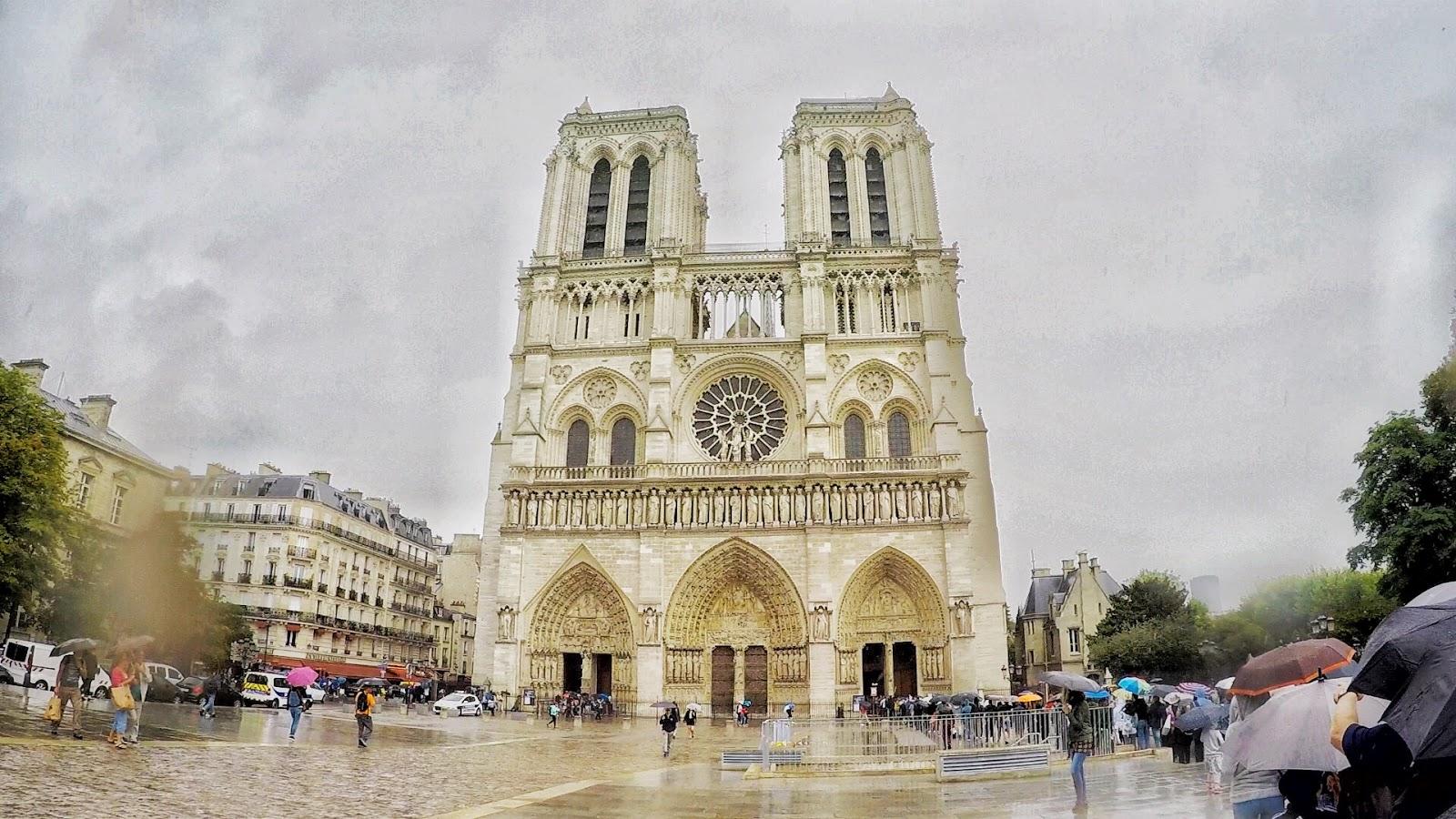 Notre Dame, Paris, Cathedrals in Paris, Sites in Paris, top site in Paris, Catholic Piligrimage