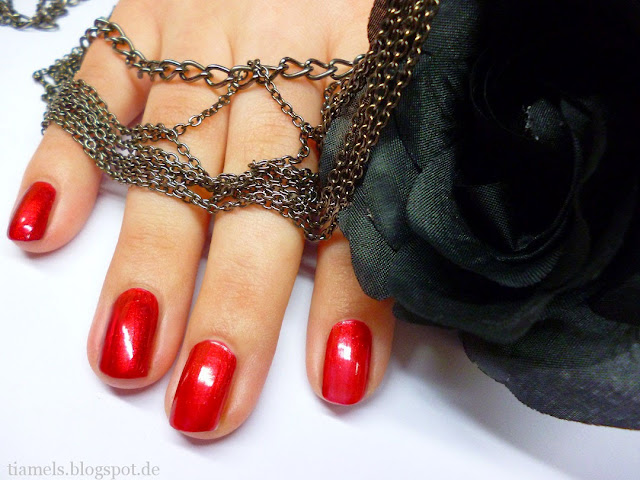 http://tiamels.blogspot.de/2013/06/nails-color-victim-nail-polish-fever.html