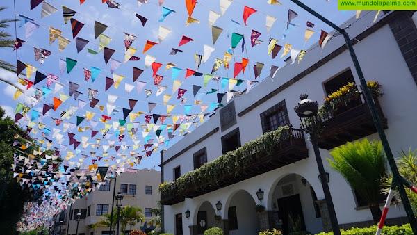 Más de 6.000 banderines ondean en Los Llanos de Aridane