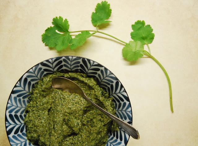 Pesto coriandre noix