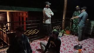 TNI Polri Lakukan Sambang Sekaligus Berikan Himbauan Kepada Masyarakat di Desa Binaannya