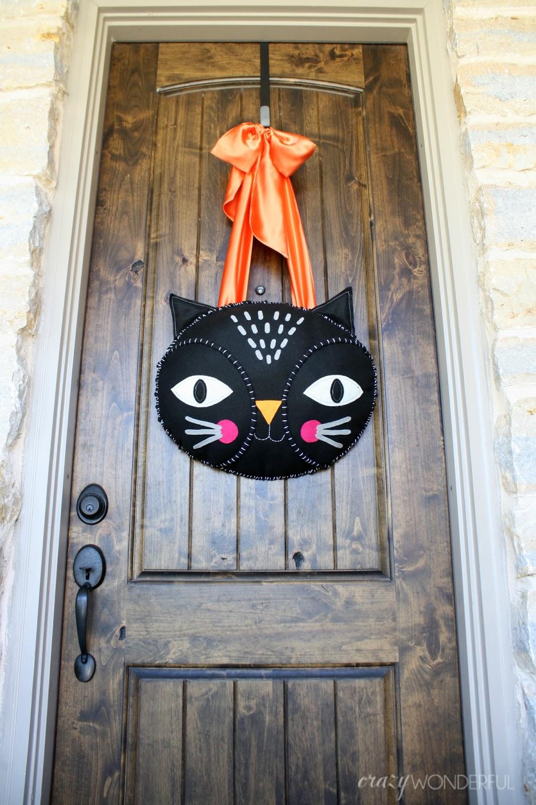 Crazy Wonderful halloween door hanging  tutorial ~ 230255_Halloween Door Hanging