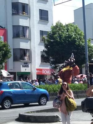 Desfile de las Carretas del Rocío en la Feria de Manizales