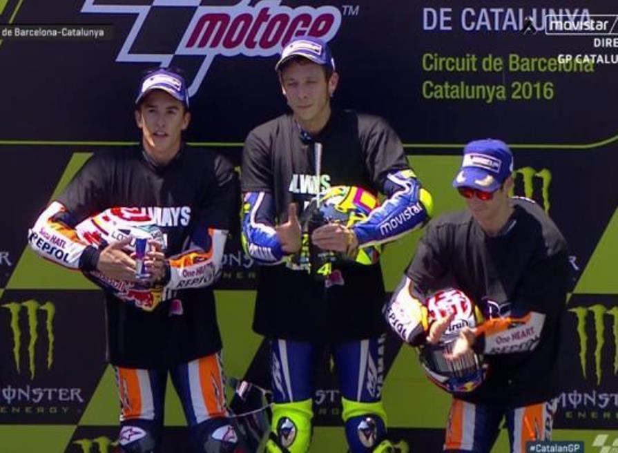 MotoGP Catalunya 2016 : Rossi finish pertama Marquez kedua . . Lorenzo apes ditabrak sama Ianone yang telat ngerem