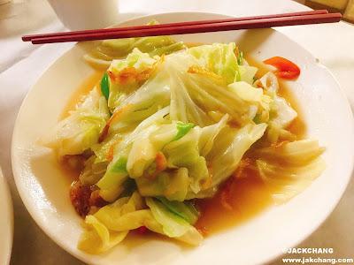 櫻花蝦炒高麗菜 NT$160