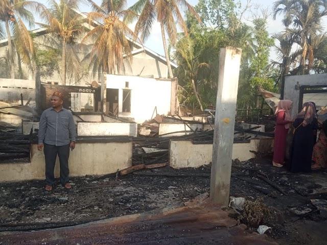 1 Unit Rumah Kecamatan Dewantara Hangus Terbakar
