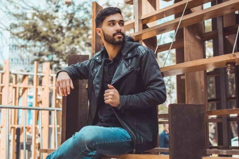 Cara Mudah Memilih dan Merawat Jaket Kulit Pria