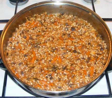 umplutura sau compozitie pentru sarmale de post in foi de vita cu orez si ciuperci