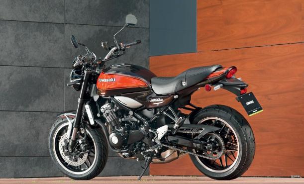 Kawasaki Z900 RS: A Retro Classic Motorcycle from Kawasaki