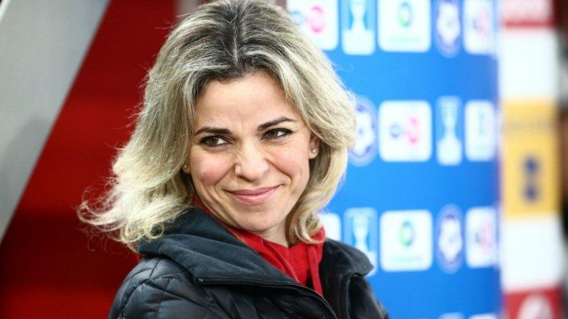 Η πανέμορφη Μαρίνα «απειλεί» τον «Τζόλε»! (pics) ~ Olympiakos ...