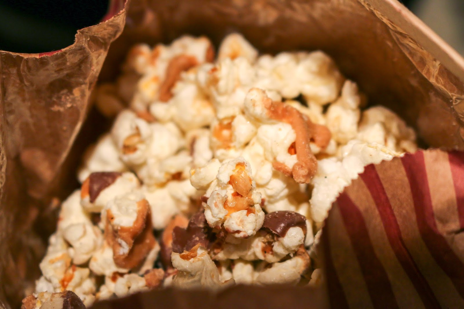 Philly Food Blog: Go Popcorn Peanut Butter Cup Popcorn