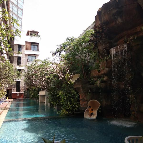 Jambuluwk Oceano Seminyak Hotel Bali, Kids Friendly Hotel