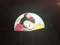 Matsuri: japonesa riendo