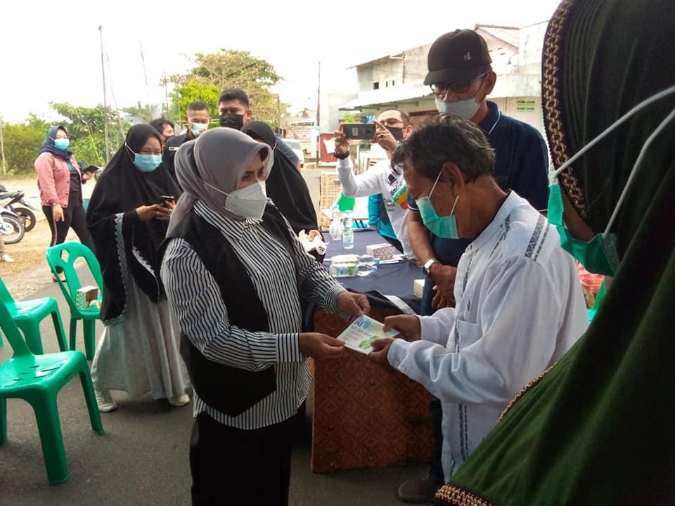 Resmikan Bank Sampah Hang Tuah Permai, Walikota Tanjungpinang Minta Lurah Pinang Kencana Bentuk Posko Covid-19