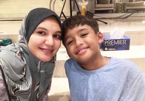 Mama Banggalah Dengan Anak Bujang Mama Ni