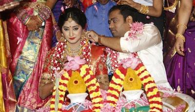 Abinesh-Elangovan-Nandhini-wedding
