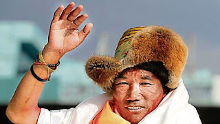 nepali-mountenier-record-25th-mount-everet-reach