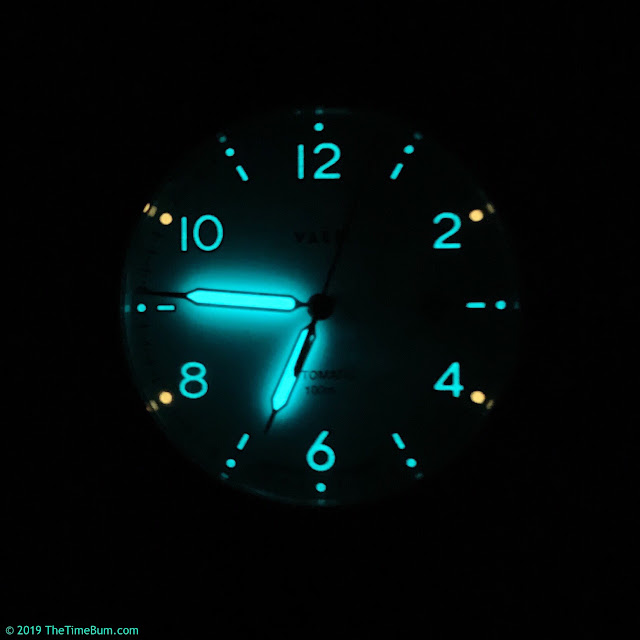 Vaer Automatic White Design lume
