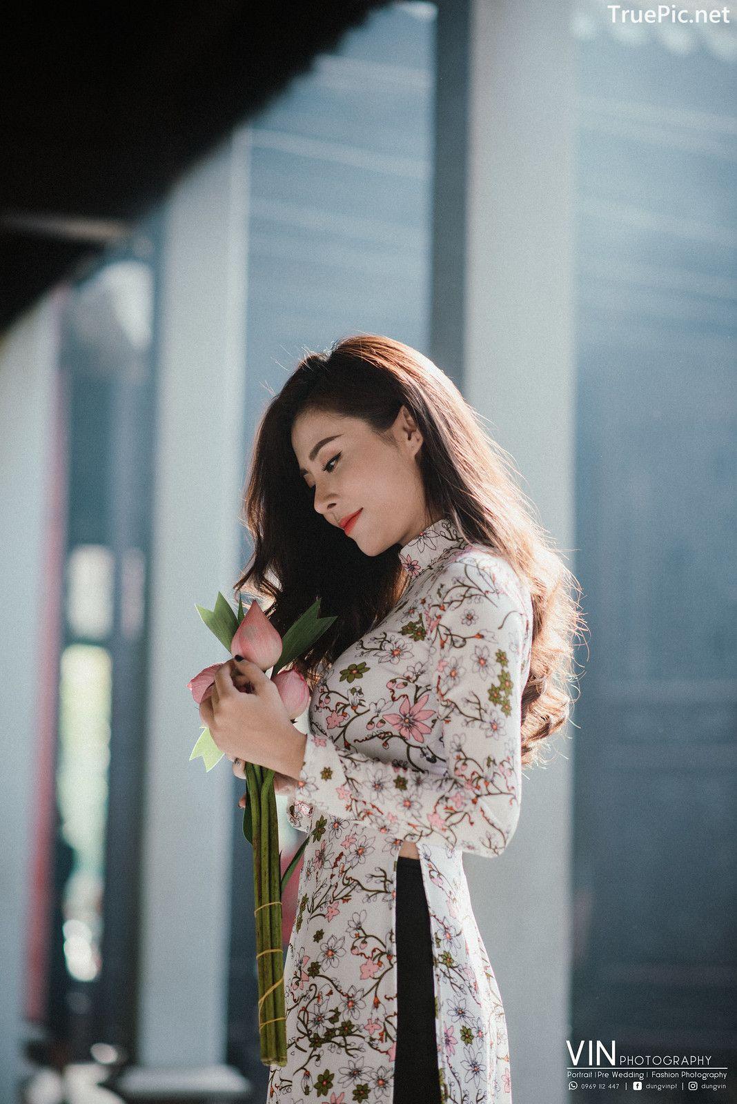 Image-Vietnamese-Beautiful-Girl-Ao-Dai-Vietnam-Traditional-Dress-by-VIN-Photo-3-TruePic.net- Picture-2